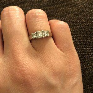 .9 TCW diamond and 14k princess cut 3 stone ring